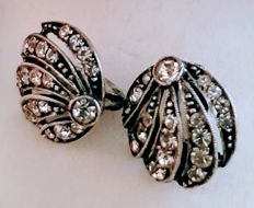 Antique white gold earrings with 38 diamonds - 1940