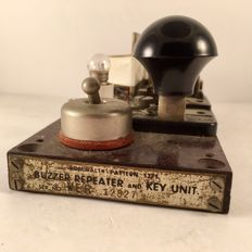Buzzer Repeater and Key Unit - UK - Admiralty Pattern 1271