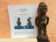 """Large Magical MAYEMBE """"Nkisi"""" figurine collected in the Twenties by SCHREMERS, a Dutch Missionary - This Piece dates from 1900 and was purchased from the family in 1960, by Westerdijk - Former Belgian Congo"""