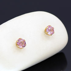 14k/575 yellow gold  earrings with two rose sapphires - Total gemstones weight 0.88 ct.