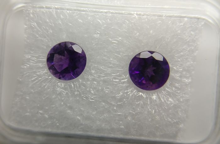 Couple Amethyst Purple 0.82 ct
