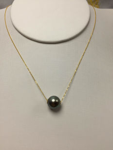 The South Sea, the Black Pearl 18K gold necklace. Pearl diameter: 10.2 mm. New no wear * no reserve price *