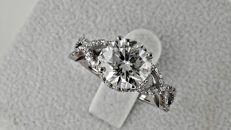2.70 ct  round diamond ring made of 14kt white gold - size 7,5