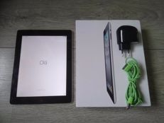 Apple iPad 2 - WiFi + 3G - 16GB - Model A1396 - In original box