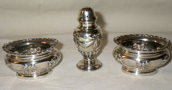 Small Silver Condiment Set - Walker & Hall - Sheffield - 1912