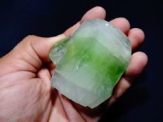 Large Green Apophyllite crystal - 5.5 x 5.5 cm - 167 gm