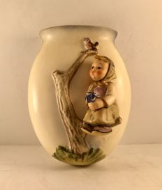 Wall Pocket figurine - Signed M I HUMMEL