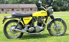 Norton - Commando 750cc Twin - 1971