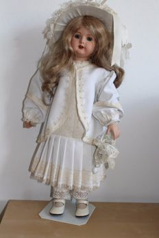 Replica doll Heubach-Koppelsdorf Germany with earrings, umbrella and hat