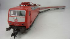 Fleischmann H0 - 4352/5182/5183/5185 - Electric locomotive Series BR 120 with three express train carriages in red livery of the DB