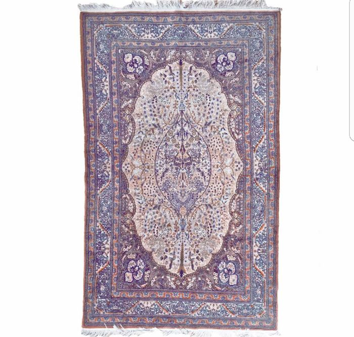 Oriental Pakistan Lahore carpet beautiful 2.22 m x 1.42 m. Very valuable, approx. 1,000,000 knots per square metre