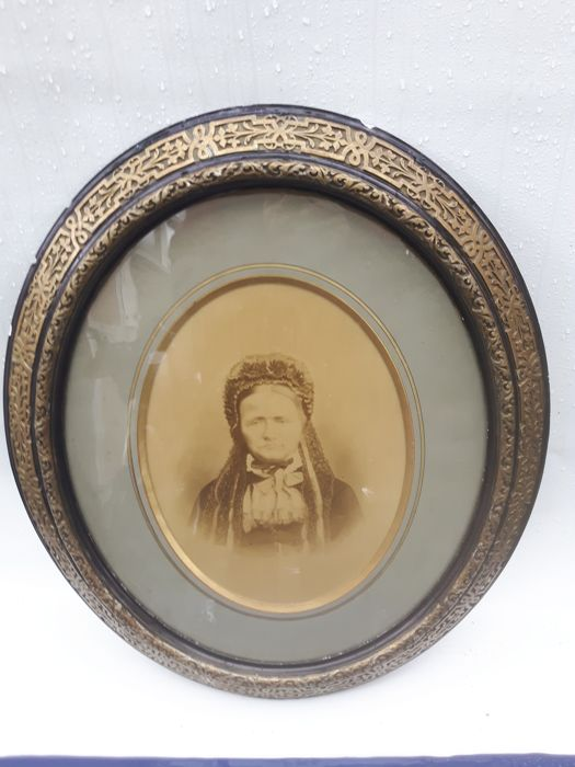 Very beautiful picture frame ca. 1900