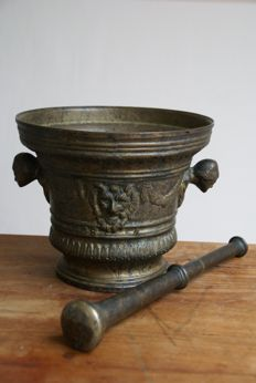 Large bronze decorative pharmacy mortar - circa 1900