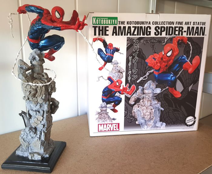 The Amazing Spider-man - The Kotobukiya Collection Fine Art Statue - Limited Edition #0366/1900