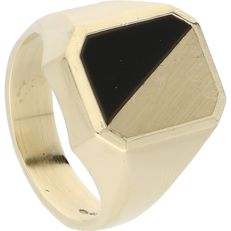 14 kt - yellow gold signet ring set with an onyx - Ring size: 19.75 mm