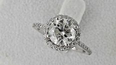 2.65 ct  round diamond ring made of 14kt white gold - size  7.5