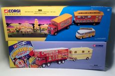 Corgi Classics - Scale 1/43 - Chipperfield's Circus set with Foden  Cloosed Pole Truck with Caravan & ERF Box van with Showman's Caravan