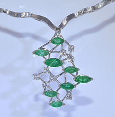 3.20 Ct Emeralds with Diamonds necklace - NO reserve price!
