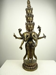 Large bronze statue depicting Avalokiteshvara - Nepal - second half 20th century