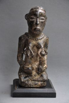 Older wooden mother figure-YOMBE-D.R. Congo