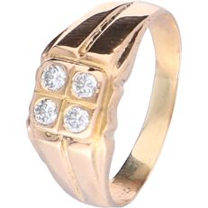 14 kt yellow gold signet ring set with 4 round diamonds of approx. 0.28 ct in total - Ring size:  19.5 cm