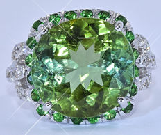 9.71 Ct Green Tourmaline with Diamonds ring - NO reserve price!