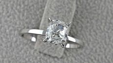 1.05 ct  cushion diamond ring of 14 kt white gold - size 6,5