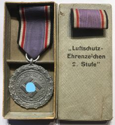 Third Reich Medal 1938 DR 1933-1945 air-raid protection badge 2nd class