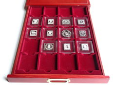 World – Complete collection of 11 stamp replicas struck in silver
