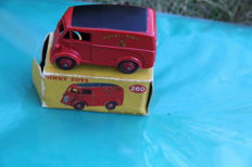 Dinky Toys - Scale 1/43 - Morris Royal Mail Van No.260