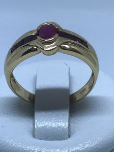 Gold cocktail ring set with 9 rubies ** No reserve price **