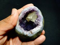 Calcite in Amethyst Geode - 7.5 x 6 cm - 291 gm