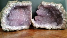 "Fine Amethyst Geode with ""Stalactitic"" crystals - 10 x 11 cm - 1.5 kg (2)"
