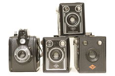 Lot of 14 box cameras years 1930-1950