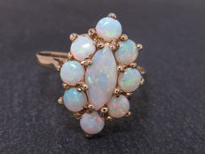 Certified gold ring with opal 1.09 ct, **no reserve price**