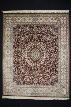 Exclusive and collectible HEREKE natural silk on silk carpet: 313 x 248 cm Signed