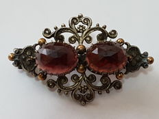Biedermeier - brooch made of silver and gold with garnet, no. 2065