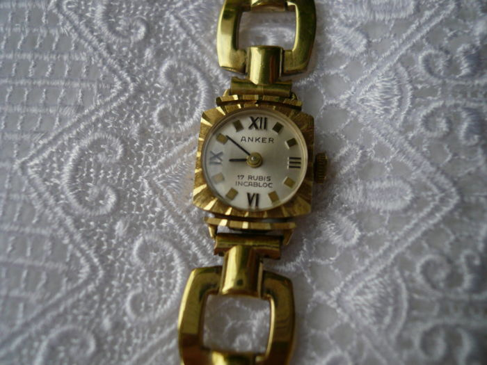 bernard tradesy frank gold tone i authentic watch