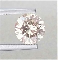 1.29 carat - VS2 Clarity - Natural Fancy Champagne Round Brilliant Cut - Comes With AIG Certificate + Laser Inscription On Girdle