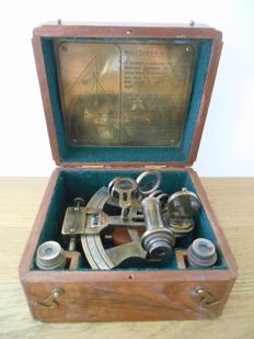 British brass sextant in wooden box - 2nd half of 20th century