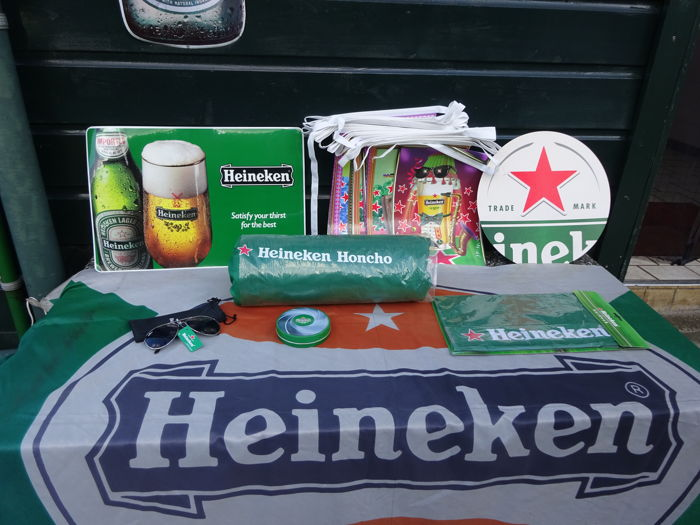Lot of 8 Heineken items, both old and new