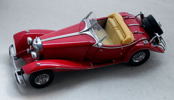"Franklin Mint 1983 - Model Car ""1935 Mercedes Benz 500 K Special Roadster""-1: 24"
