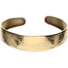 14 kt yellow gold tooled open bangle - Inner size: 55 mm