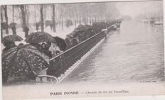 Very fine lot of 50 old postcards of the Paris floods in 1910