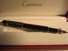 "Rare Cartier ""Diabolo"" fine ladies fountain pen with 18 kt gold nib. Never used."