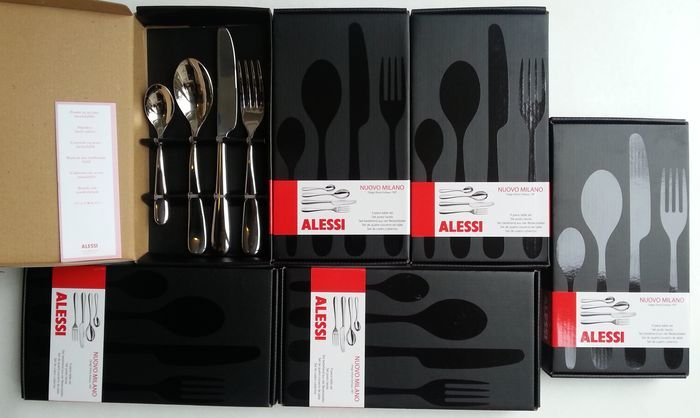 Ettore Sottsass for Alessi, model Nuovo Milano – 6 people designer cutlery sets (24 pieces) new in boxes