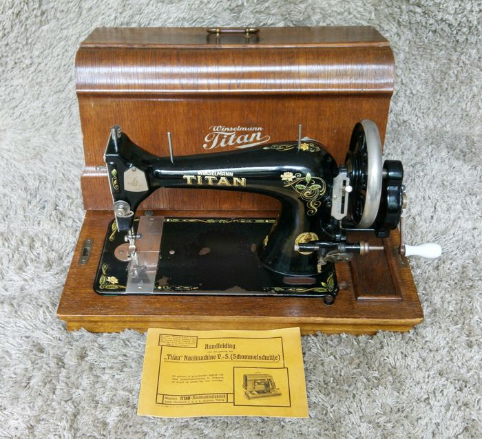 Titan Winselmann - Antique Sewing Machine - Germany - 1930