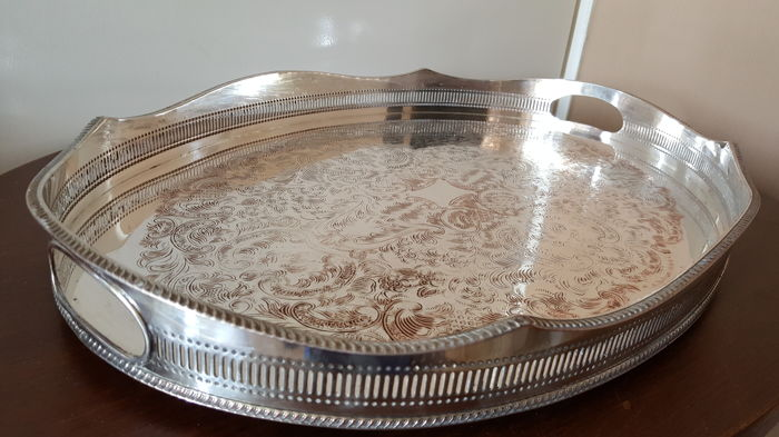 Very large and heavy Sheffield England tray, Silver plated on copper