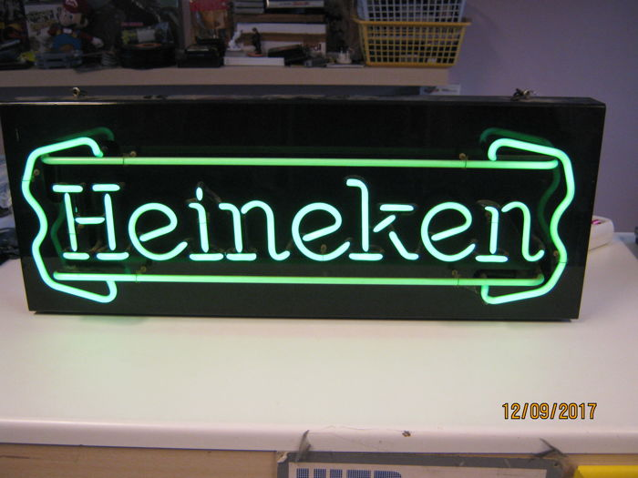 Beautiful original Heineken neon (size is: 30cm x 75cm)