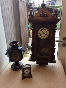 Three different clocks for restoration or components